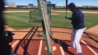 Download Robinson Cano teaching how to hit for power. Video