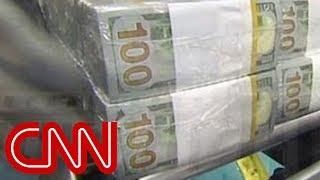 Download Money factory botches new $100 bills Video