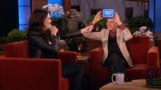 Download Lauren Graham and Ellen Play 'Heads Up!' Video