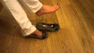 Download Girl dangling and playing with her sexy feet (Green Polish) Video