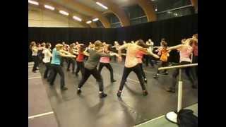 Download Nova college dans 1e jaars - Adama ve shamayim Video