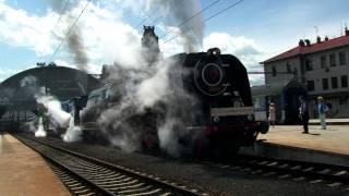 Download Odjezd parních lokomotiv 475.179, 498.022, 486.007 z Prahy Hlavního nádraží na RENDEZ 2011 Video