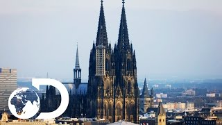 Download How Cologne Cathedral was Illuminated Before Electricity | Blowing Up History Video