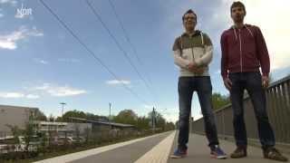 Download Realer Irrsinn: Bahnsteig mit Mut zur Lücke | extra 3 | NDR Video