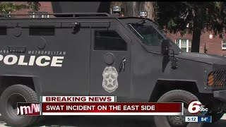 Download IMPD SWAT called after man barricaded inside home Video