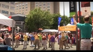 Download ″God Bless America″ Flash Mob with Denver Brass Video