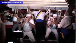 Download Trasporto della Macchina di Santa Rosa - Dal Sollevate e fermi! a piazza del comune Video