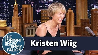 Download Kristen Wiig Gives Her Best Despicable Me Voice Acting Exertions Video