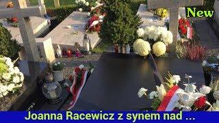 Download Joanna Racewicz z synem nad grobem męża. Poruszający wpis Video