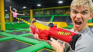 Download NERF TRAMPOLINE WAR!! Video