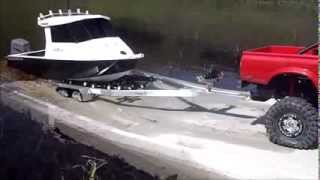 Download R/C Aluminium Fishing Boat with Proboat Outboard Video