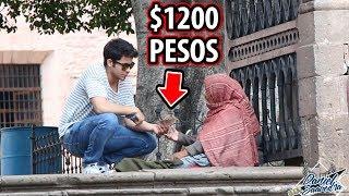 Download LE DÍ $1200 A ESTA VIEJITA E HIZO ESTO Video