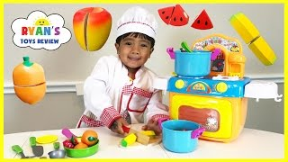 Download TOY CUTTING VELCRO FRUITS AND VEGETABLES Toy kitchen cooking soup Learn names of fruits & Vegetables Video