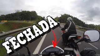 Download FABINHO DA HORNET - UMA CARENADA ME FECHOU A MAIS DE 140 KM/H NA RODOVIA Video