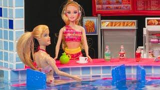 Download Miniature swimming pool DIY ~ Water fun Barbie Elsa and Anna dolls pool party! Video