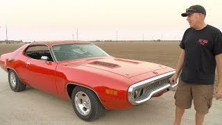 Download Get Deeper Inside Freiburger's 1971 Road Runner! - Roadkill Extra Video