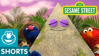 Download Sesame Street: Grover and Elmo Find a Pyramid Video