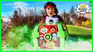 Download Pirate Ryan Pretend Play Hunt for Glow In The Dark Treasure Chest!!! Video