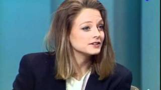 Download Jodie Foster french interview on Ina Plateau Video