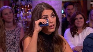 Download Geëmotioneerde Yolanthe over vader en geboortegron - RTL LATE NIGHT Video