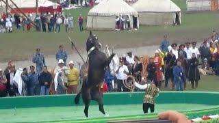 Download Игры кочевников 2016 Кырчын Танцующая лошадь Video