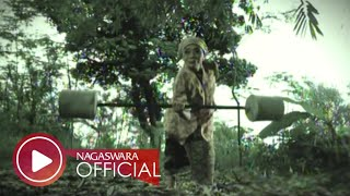 Download Wali Band - Nenekku Pahlawanku (Official Music Video NAGASWARA) #music Video
