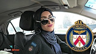 Download Beautiful TORONTO POLICE OFFICER Video