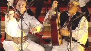 Download melodii morosenesti - grupul Iza.avi Video