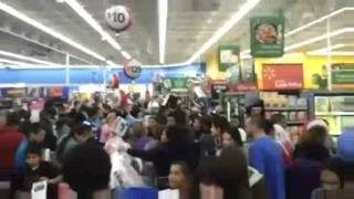 Download Black Friday in USA is madness! Video