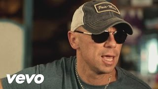 Download Kenny Chesney - When I See This Bar Video