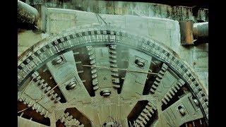 Download 10-метровый ТПМК построил двухпутный тоннель до станции «Юго-Восточная» Video