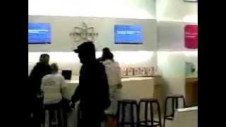 Download iRock - Lame Apple Genius Bar Prank [video] Video