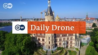 Download #DailyDrone: Schweriner Schloss Video