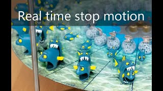 Download 4-Mation carousel 2: Fish eating Fish - a 3D Zoetrope Video
