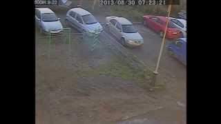 Download Девушка показала чудеса парковки. Выезд в парковки Мурманск 2013 один год стаж вождения. Video