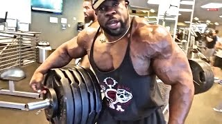 Download Kali Muscle: 505LB BENCH PRESS Video