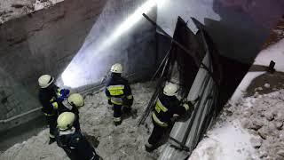 Download м. Дніпро: обвалився металевий дах над входом до підземного пішохідного переходу Video
