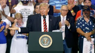 Download Trump rallies his base against his own base Video