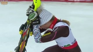 Download Mikaela Shiffrin becomes Slalom World Champ - Universal Sports Video