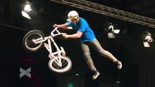 Download 2nd BMX Dirt Jump - Brett Banasiewicz @ Telekom Playgrounds - Duisburg 2011 Video