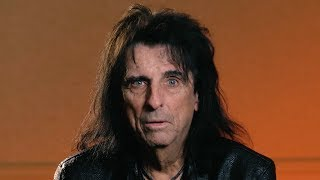 Download Alice Cooper: 'Evil Bands' + Marilyn Manson Religious Talks Video