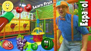 Download Aprende la Frutas con Blippi Español | Video Educacional para Niños sobre Patio de Juegos Interior Video