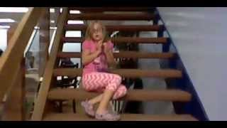 Download Teleporting Girl Video