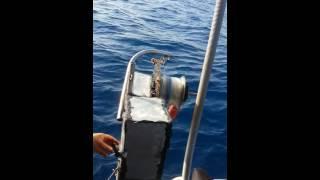Download اختراع جهاز سحب السمك من الاعماق صناعه محليه مع عصام الشرم Video