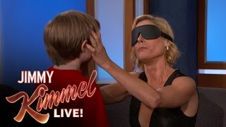 Download Can Julie Bowen Identify Her Kids By Feeling Their Faces? Video