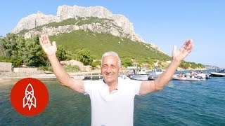 Download Meet the Real-Life King of a Tiny Italian Island Video