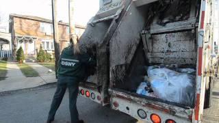 Download New York's 'strongest' women clean up Video
