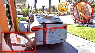Download SELF DRIVING TESLA IN DRIVE THRU PRANK (FREAKOUTS) Video