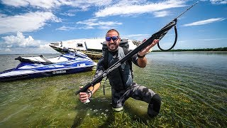 Download SpearFishing Under Old Abandoned ShipWrecks!! (GiantFish) Video