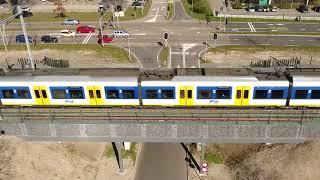Download 24 kilometer geluidschermen langs het spoor in Almere Video